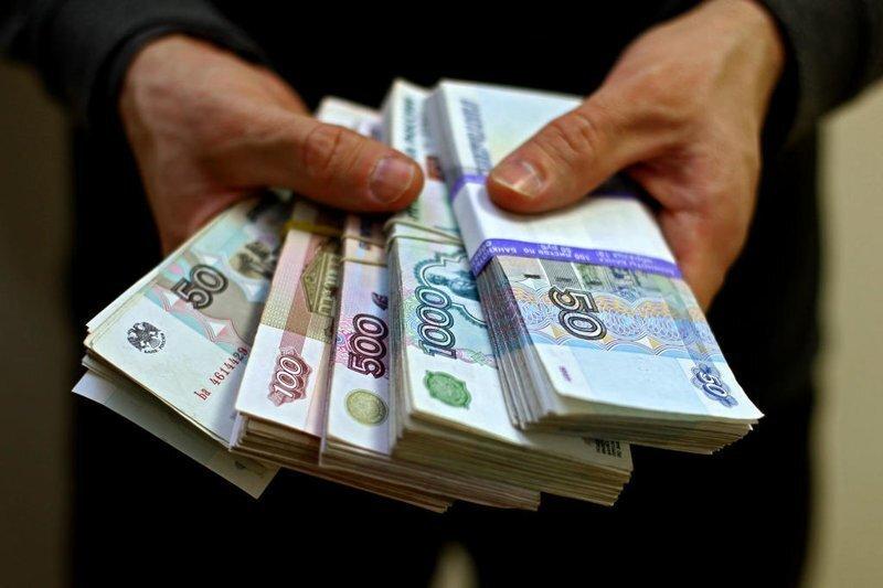 Миллиарды полковника Захарченко направят в Пенсионный фонд, если успеют