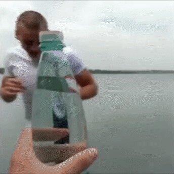 Как открыть бутылочку