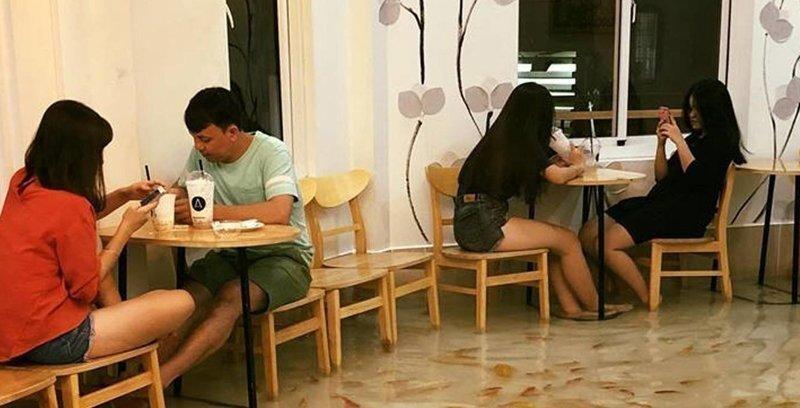 В этот ресторан во Вьетнаме пускают только без обуви, и вот почему