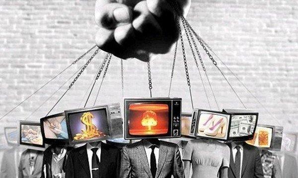Ноам Хомский: 10 способов управления массами: Пропаганда, которую не всегда легко распознать