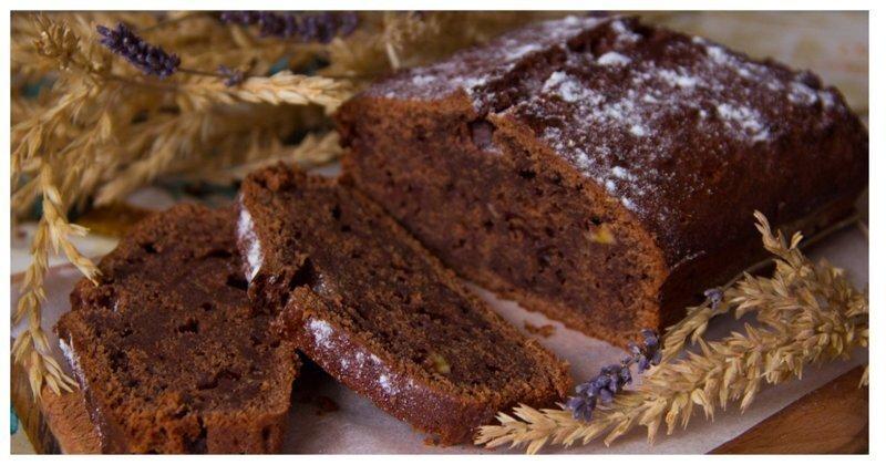 Шоколадно-банановый кекс: готовим без лишней посуды