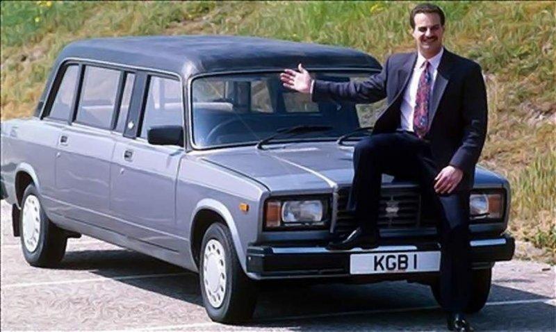 Необычный лимузин из ВАЗ-2107 сделанный в Великобритании