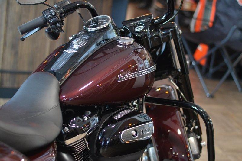 Новый Road King Special Harley-Davidson 2019 модельного года