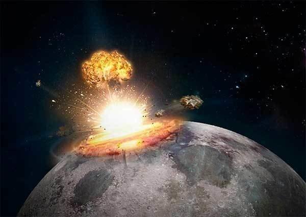Луна - космическая станция «чужих»: кто атаковал соседку Земли?