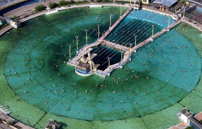 Самый большой бассейн в СССР, построенный на месте взорванного храма Христа Спасителя