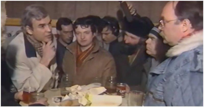"""""""Оставьте народу пиво!"""": пятница 1991 года в популярной московской пивной"""