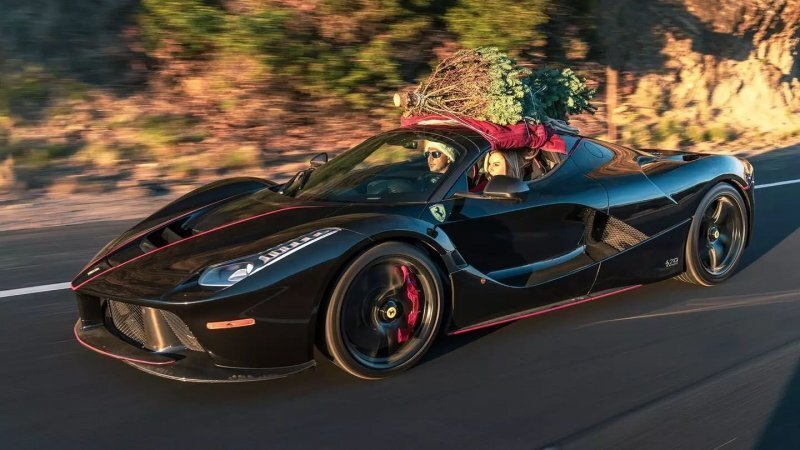 Подержанный суперкар LaFerrari Aperta продают за 8,5 миллионов долларов
