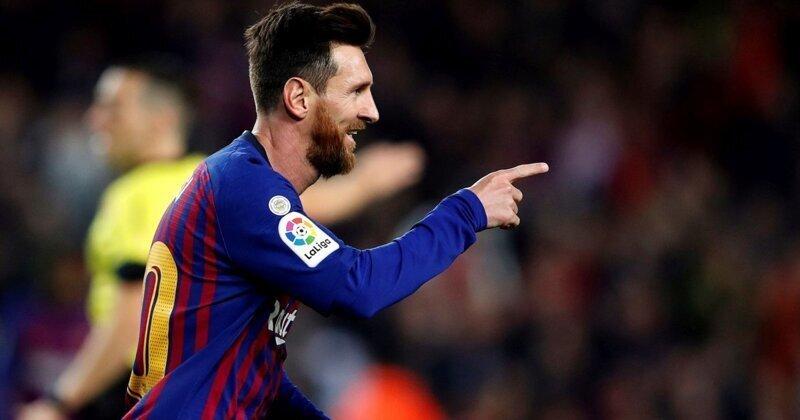 """Лионель Месси ответил на вызов Роналду сменить """"Барселону"""" и возобновить их личное соперничество"""