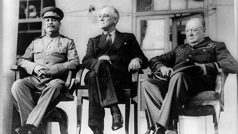 Как вы относитесь к Сталину?