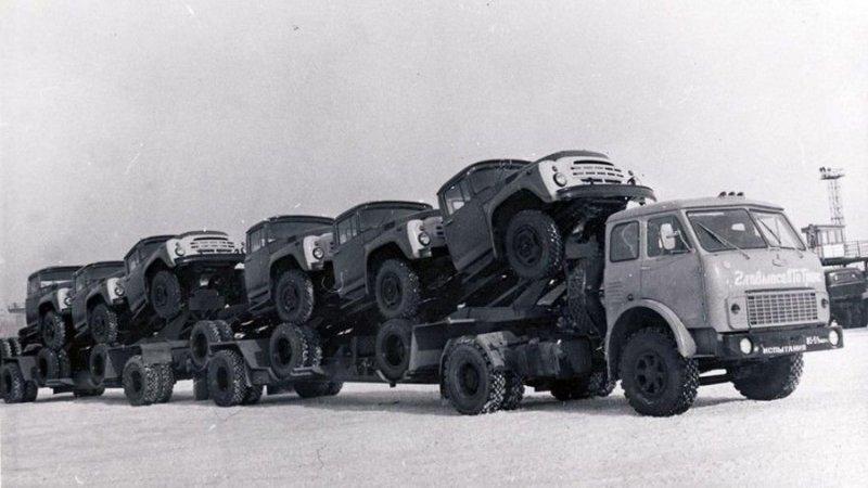 Как перевозили автомобили в СССР