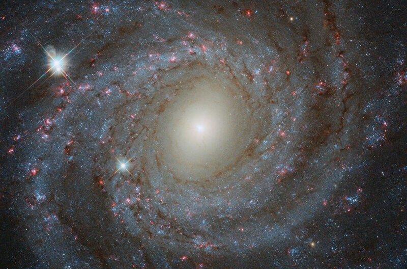 Просто космос! Лучшие снимки телескопа «Хаббл» за 2018 год