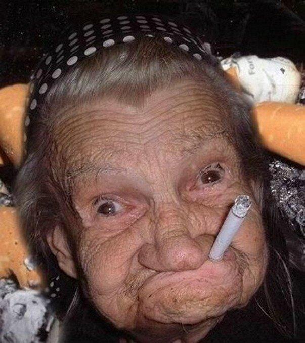 Бабка и наркоман: две вселенные. Анекдоты