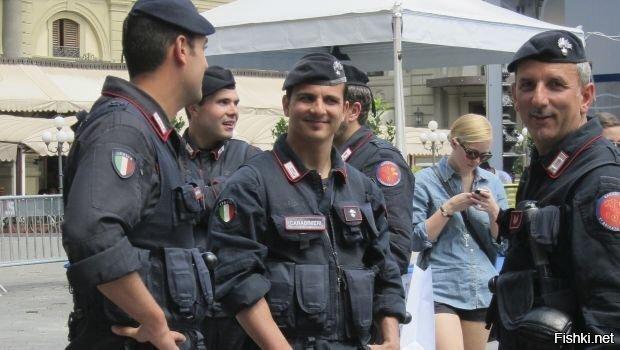 В итальянском городе Кремона один из жителей, уроженец Марокко, вызвал спасат...