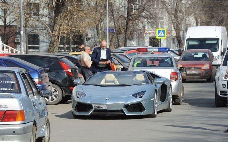 Теперь Lamborghini: челябинский олигарх опять попал в аварию на своем дорогом автомобиле