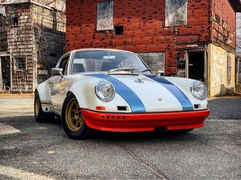 Мангус Уолкер, внезапно, решил расстаться со своим знаменитым Porsche 911 STR II