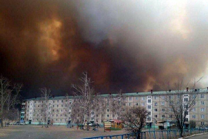 В Забайкалье стремительно растет площадь пожаров, горят целые деревни