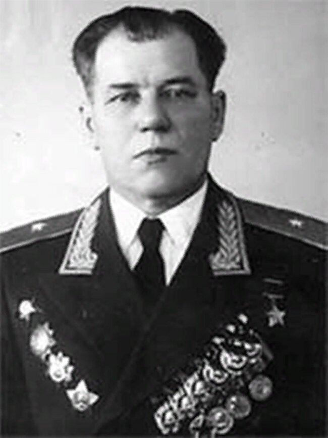 Герои Советского Союза. Гусев Иван Андреевич
