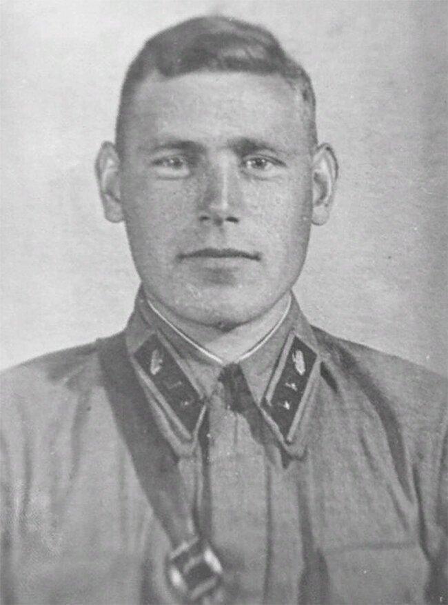 Герои Советского Союза. Гусев Иван Петрович