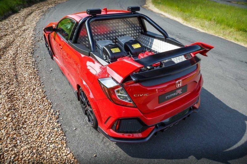 По Великобритании ездит интересный пикап, созданный из Honda Civic Type R