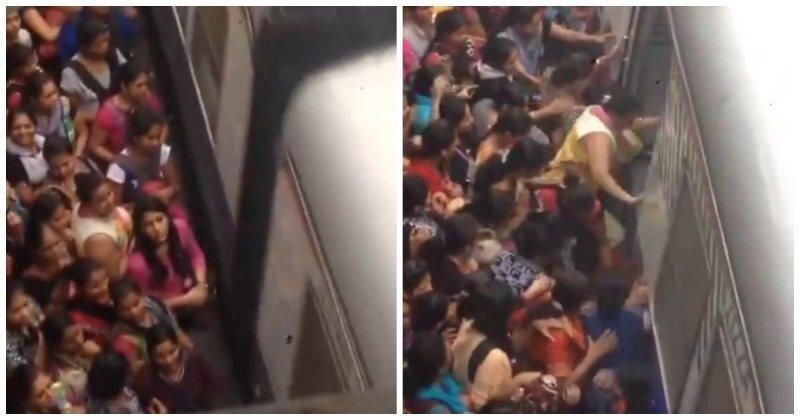 Жалуетесь на давку в метро? Вы просто не бывали в Индии!