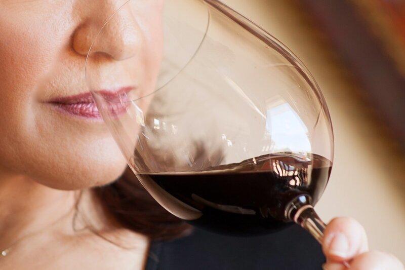 Почему вино превращается в уксус?