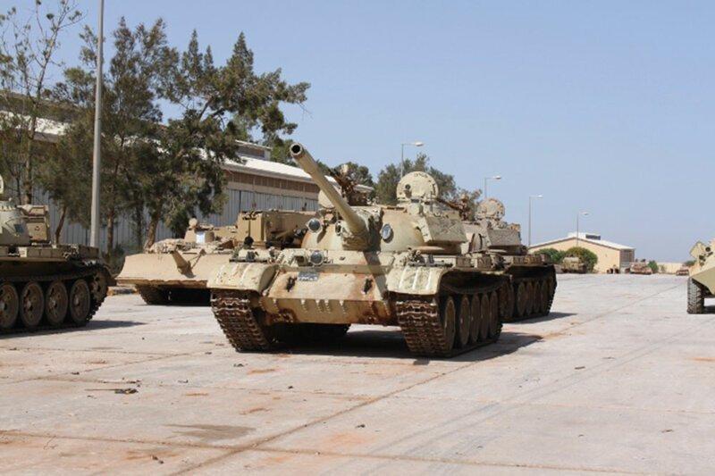 Брат на брата: бой двух танков Т-55 попал на видео