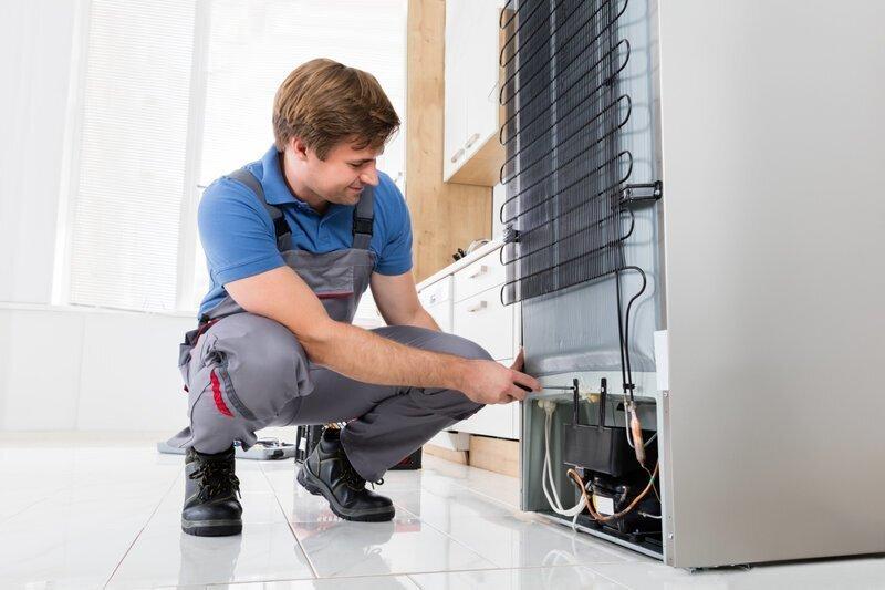 Почему летом холодильник плохо охлаждает?