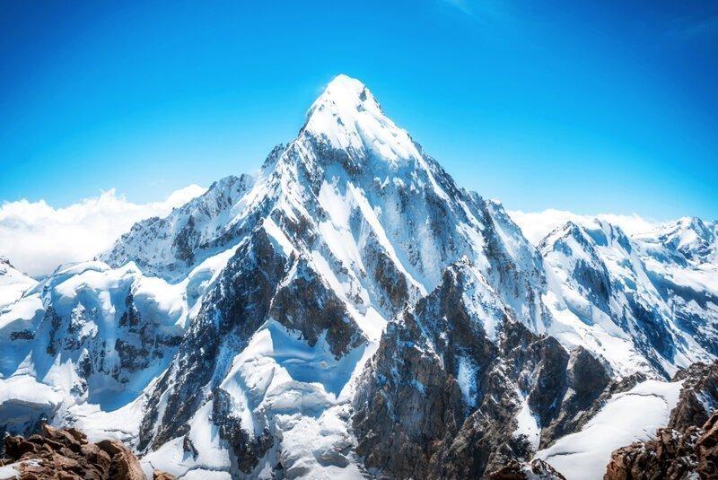 Тайна имени полюса притяжения, или Почему Эверест так назвали?