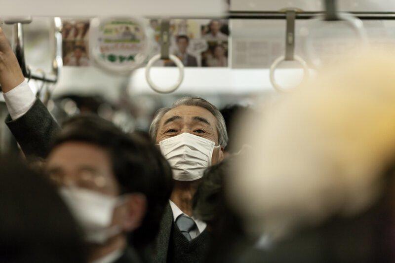 Почему в Азии многие носят маски?