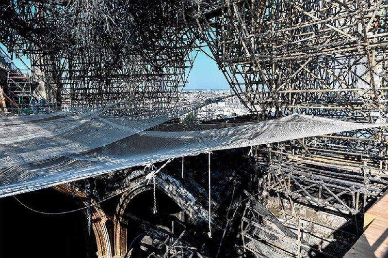 Нотр-Дам после пожара: три месяца спустя
