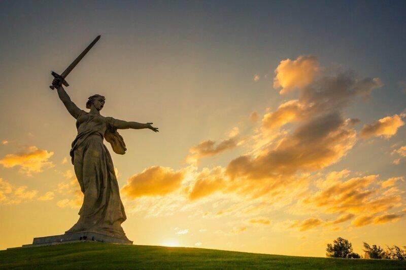 """У скульптуры """"Родина-мать зовет!"""" в Волгограде обнаружили снаряды времён Второй Мировой"""
