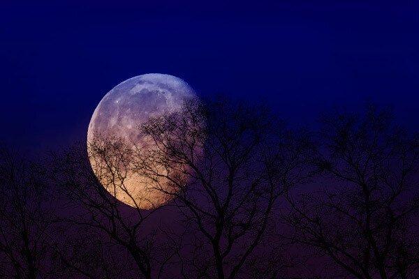 """В августе над Восточным полушарием взойдет """"Черная Луна"""""""