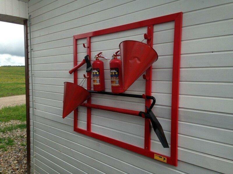Почему пожарное ведро конусной формы?
