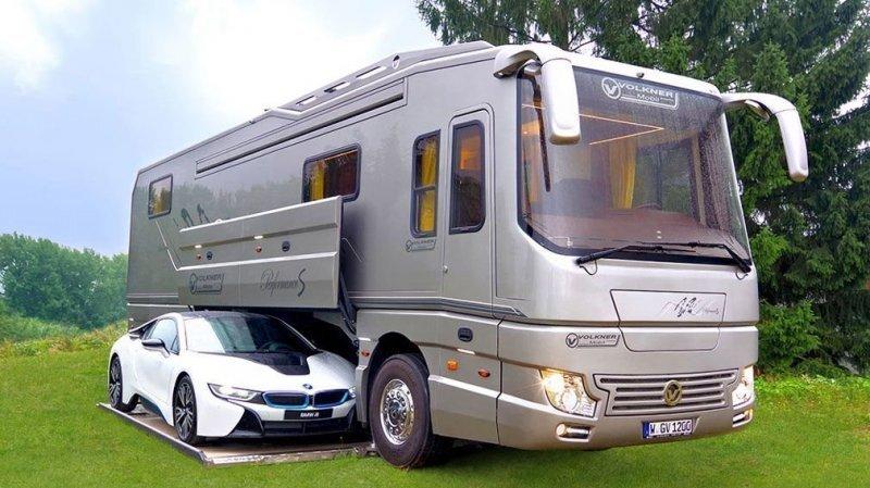 Дом на колесах по цене виллы: роскошный дорожный лайнер Volkner