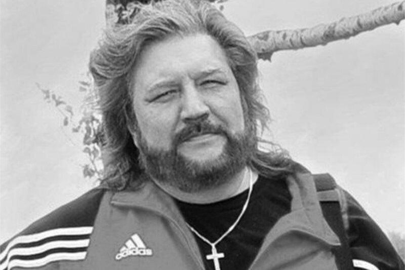"""Умер """"голос 90-х"""", известный советский переводчик Юрий Живов"""