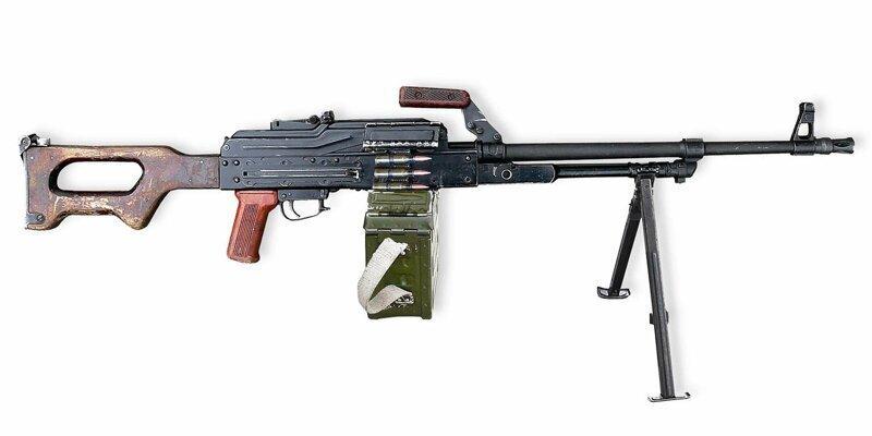 Американский журнал назвал пулемет Калашникова лучшим в мире