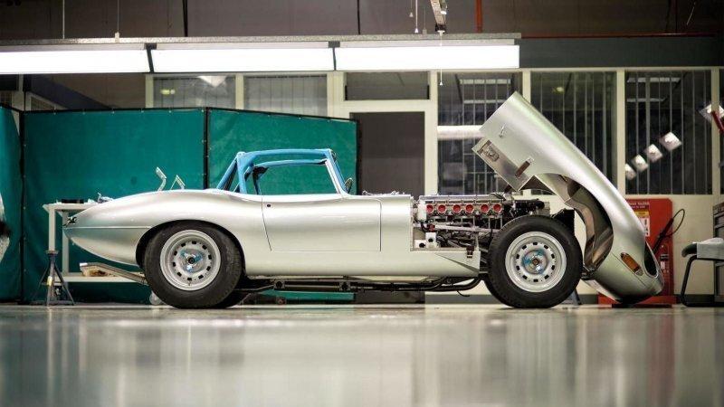 Воплощенная красота: несколько попыток возродить классический Jaguar E-Type