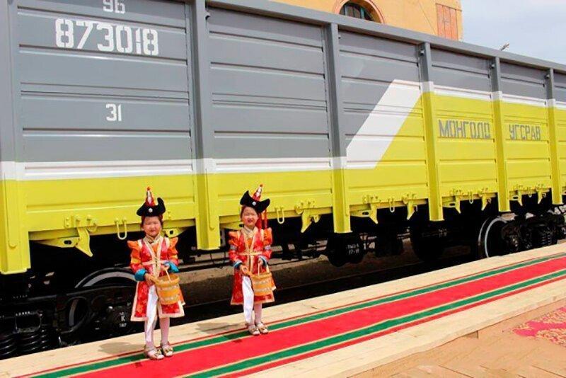 Путин объявил о планируемой модернизации железных дорог Монголии силами РЖД