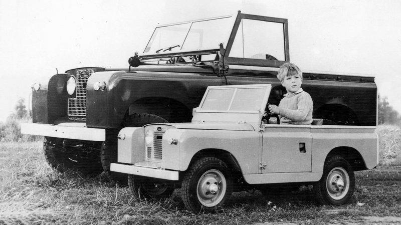 Land Rover: по заявкам британских колхозников