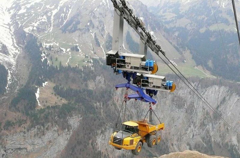 Как тяжелую строительную технику доставляют на высокогорье
