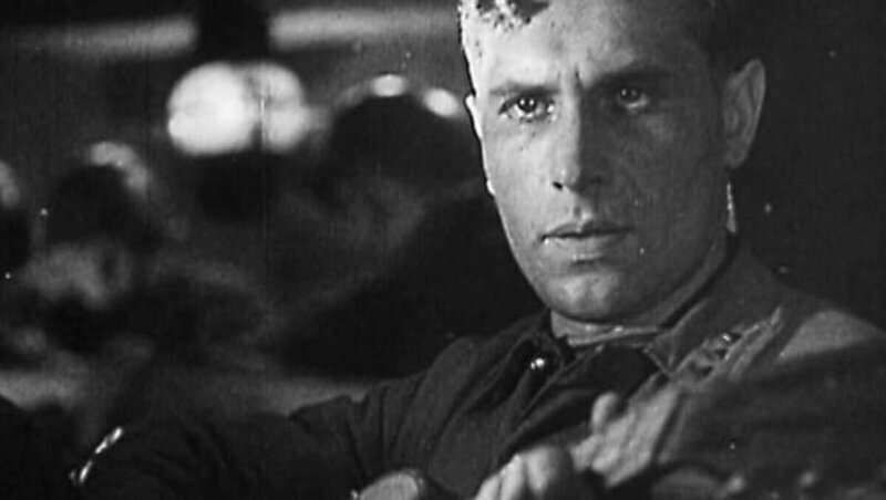 6 октября 1943 года на экраны СССР вышел фильм режиссера Леонида Лукова «Два бойца»