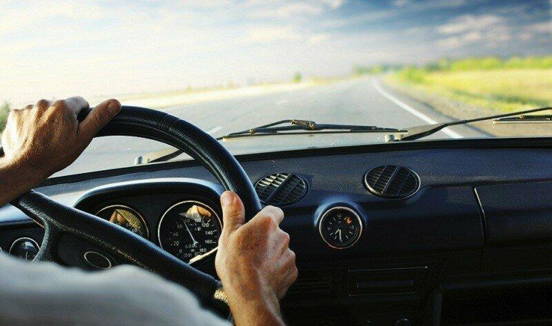 Машина не разгоняется: 8 причин, которые влияют на скорость