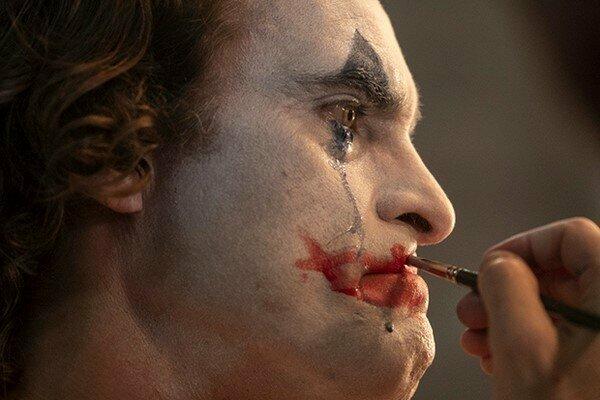 Хоакин Феникс прокомментировал реакцию на фильм «Джокер» 2019: «Критика это хорошо»