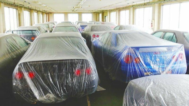 В Японии обнаружили склад, в котором продают Nissan Skyline в отличном состоянии по низким ценам