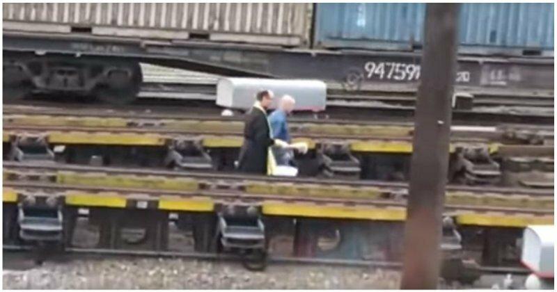 Реакция работников железной дороги на освящение транспортных путей