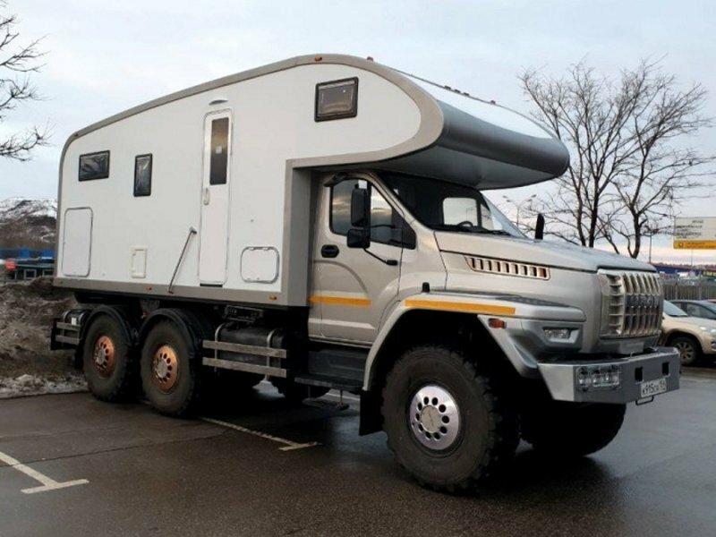 Очень дорогой и комфортный дом на колесах на базе «Урал Next»