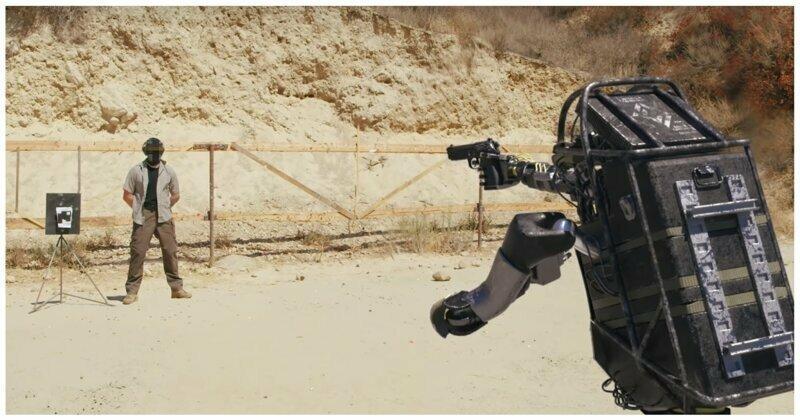Новое поколение боевых роботов: качественная пародия на ролики Boston Dynamics