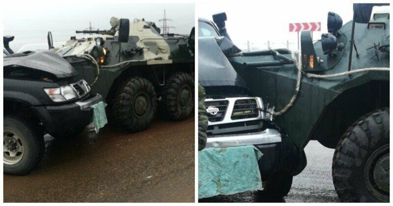 В Улан-Удэ БТР врезался во внедорожник