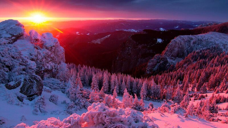 Зимний закат в горах