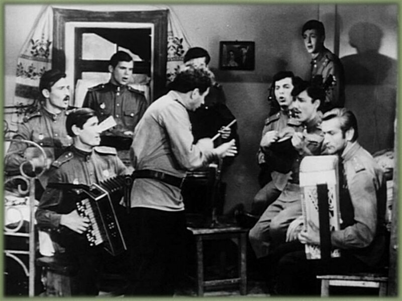 4 ноября 1944 года состоялось первое исполнение легендарной песни «Смуглянка»